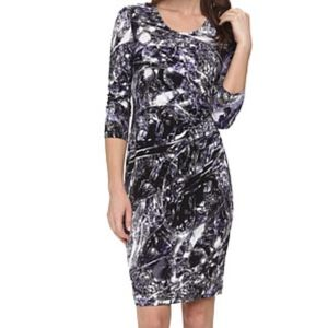 Calvin Klein Printed 3/4 Sleeve Side Ruched Dress